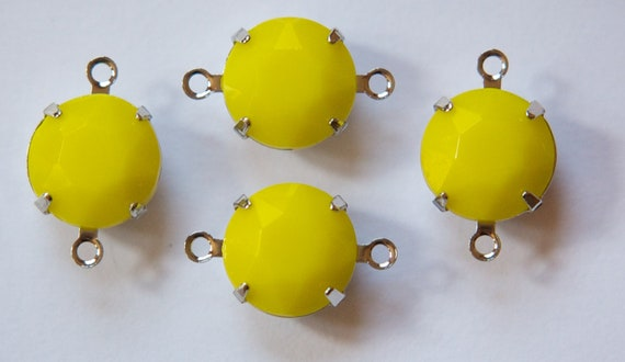 Vintage Yellow Faceted Glass Stones 2 Loop Silver Plated Settings 12mm rnd005L2