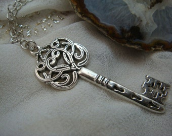 The Lady's Key to the Secret Garden