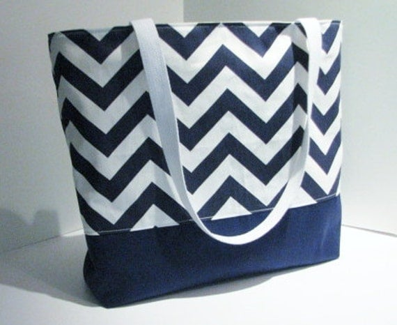 Chevron tote Bag . Navy Blue White . chevron beach bag .