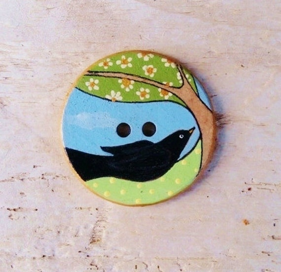 Blackbird - Wood Sewing Button - Large - 38mm - UK Art Buttons