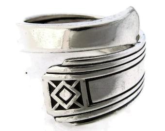 Spoon Ring Demitasse Size 5-8  Terrace Pattern