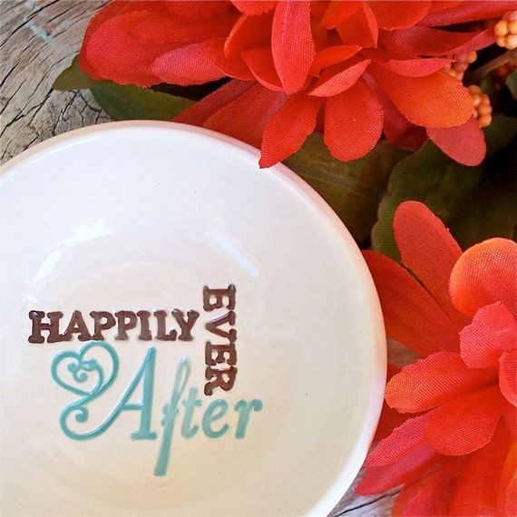 Ceramic Ring & Jewelry Bowl - Happily Ever After Text