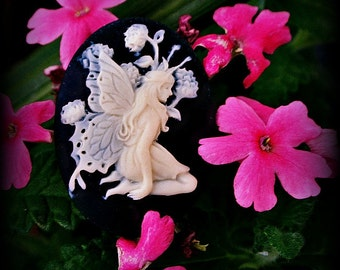 Pretty fairy cameos