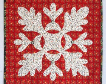 BUBBLE LAMPS Christmas Applique Quilt Wall Hanging Table Runner from Quilts by Elena