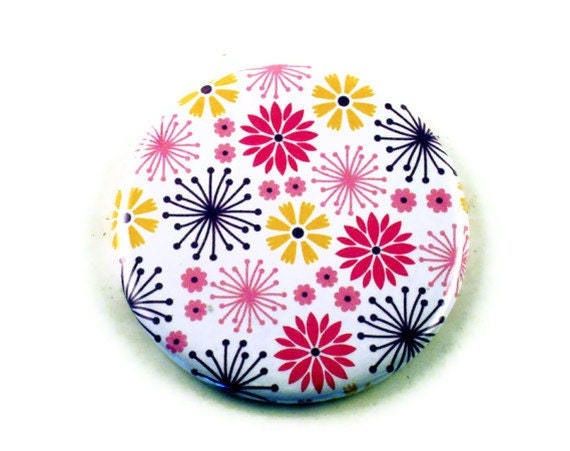 Pocket Mirror  in  Daisy Dance Pink  (PM77)