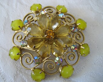 Large VINTAGE Sunshine Yellow Rhinestone Costume JEWELRY Brooch