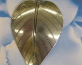Silver Ox Plated Brass Leaf Pendant 1023SOX x1