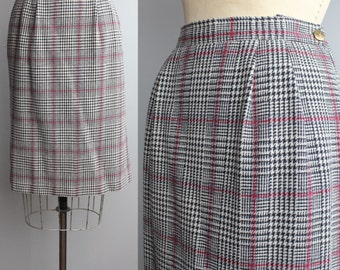 SUMMER SALE || Classic Pencil Skirt | Vintage Plaid Skirt | Wool Houndstooth Skirt | M