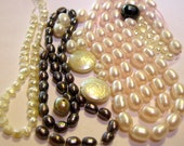 Freshwater Pearl Assortment in White, Pink & Black, 3mm to 10mm,160 Pieces