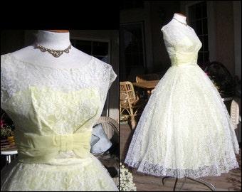 "Vintage Cupcake Party Dress 50s Pale Lemon Chiffon White Lace - Sheer Illusion Bodice Full Skirt - Bust 36"" Waist 26"" - Medium"