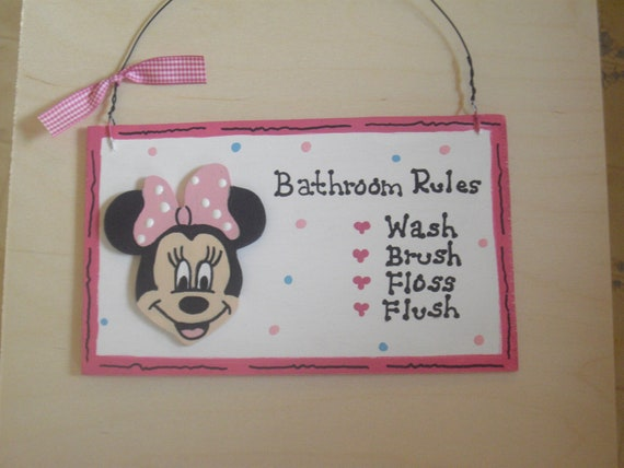 Minnie Mouse Bathroom Wall Hanging By Cathyscraftden On Etsy