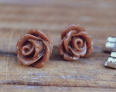 chocolate brown parade rose flower earrings by yeahhello