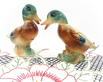 Pair of Vintage 50s Ceramic Duck Figurines Shabby Cottage Chic Vintage Home Decor Green Brown Ceramic Mallard Duck Nature Animal Figures