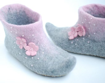 Felted slippers Alice in grey&candypink