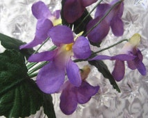 Austria Fabric Millinery Flowers 6 Purple Violets With Leaves A-16