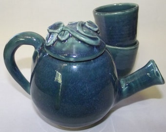 Deep blue Tiny Tea Set with two itty bitty cups