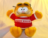 "SALE Vintage 80s Garfield ""Kissy, Kissy"" Stuffed Animal"
