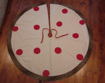 CHRISTMAS TREE SKIRT.....Free Shipping
