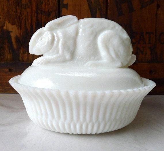 Vintage Milk Glass Bunny Rabbit on a Nest Basket Scarce Unusual Ears Down and Back Great Detail