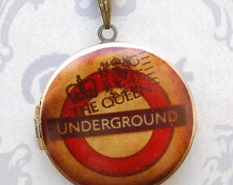 london underground crown loket necklace