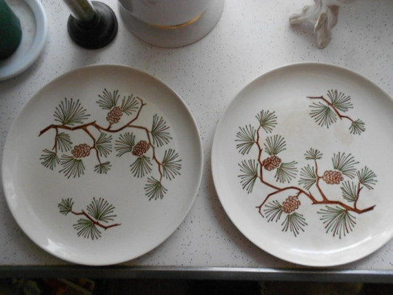 Set Of 2 Vintage Pottery Pine Cone Dinner Plates Ovenproof