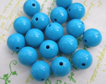 Blue Bubblegum Plastic Beads 8pcs Size 16mm