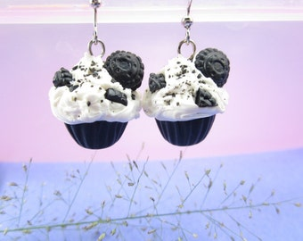 Cookies and Cream Cupcake Earrings - food jewelry, food earrings, cupcake jewelry, cupcake charms, miniature food, cute, foddie gift, clay