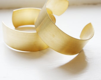 1 pcs of Brass Cuff Bracelets Flat Band 1 Inch Wide (349C-I-187)