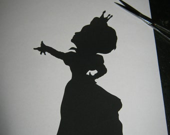 The Red Queen (Alice in Wonderland) Silhouette