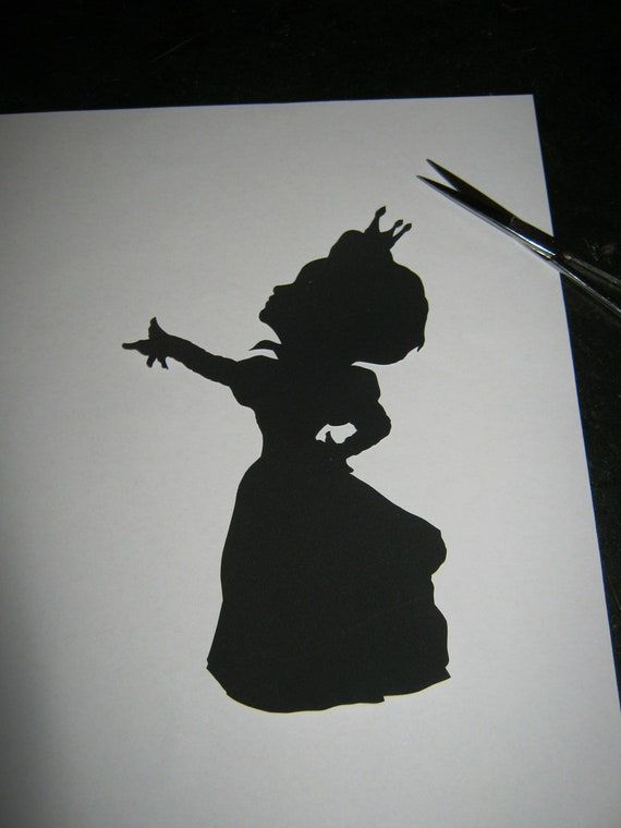 Items Similar To The Red Queen Alice In Wonderland Silhouette On Etsy