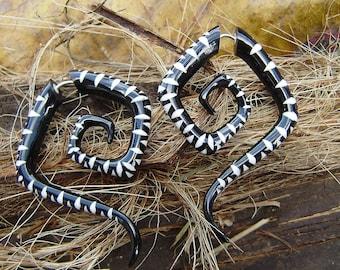Fake gauge earrings ,Organic ,Black Horn ,Split Gauge Earrings, hand carved,tribal style,organic