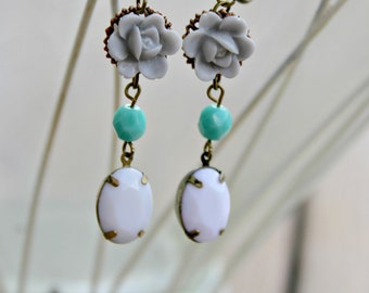 Gray Roses - Vintage Style Earrings
