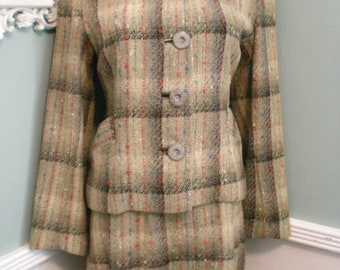 Vintage 60's Wool Suit. Mad Men. Secretary Suit. Fall. Winter. Pin Up .