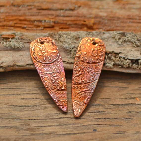Handmade Copper Delicate Flower Shard (1 Pair)
