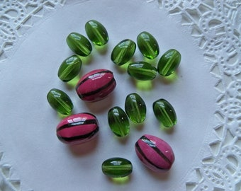 Sale - GLASS WATERMELON Fruit BEAD Mix/Green and Pink/Ovals
