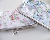 Custom Bridesmaids Clutches for Leish83