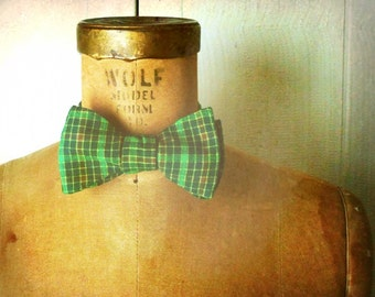 Mens / Boys Bow Tie - Geek Chic Number 72 - Bright Kelly Green Plaid
