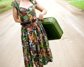 Vintage floral print dress with sweetheart cut-out in back