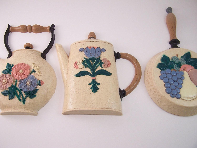 Vintage Tea Pot Jar And Skillet Kitchen Decor Flower Fruits