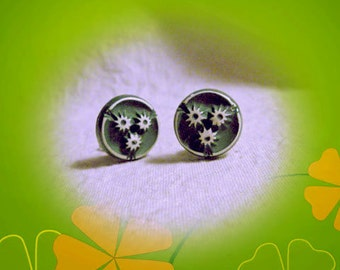 Vintage Green and White Button Clip Earrings