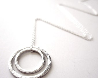 Nestled Circles Necklace - Sterling Silver Cirlce Necklace - Mother's Necklace- Push Present -