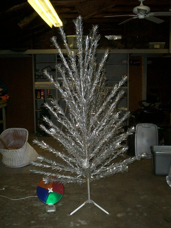 Foot aluminum silver christmas tree by thetrendykitchen
