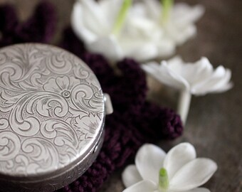 Chiaroscuro Natural Solid Perfume Compact - Naughty & Nice Jasmine - An earthy, floral spice botanical fragrance. Fit for a Bride - Gift