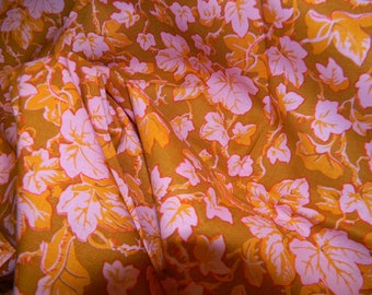 Philip Jacobs Ivy Fabric in Pink with Gold PJ 19 One Fat Quarter