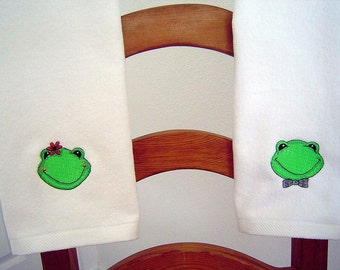 Boy OR Girl FROGGY Face White velour hand towel