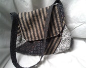 CJ quilted handbag gray tan zippered