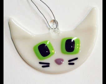 Glassworks Northwest - Cute Cream with Lime Eyes Retro Kitty - Fused Glass Ornament