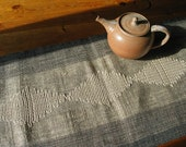 Handwoven table runner - Mireloom