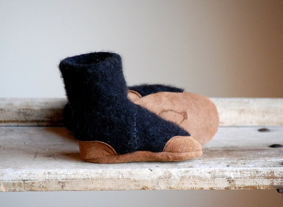 Baby Slipper Boots, Eco Friendly Wool & Leather, Size 12-24 months, Peekaboo, SALE