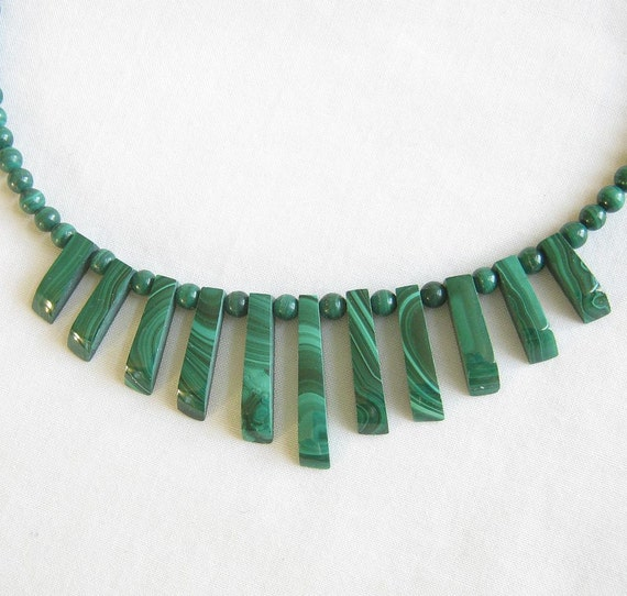 Vintage Green Malachite Polished Bead and Cut Stone Necklace